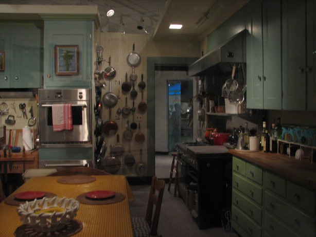 real-people-dont-diet-kitchen