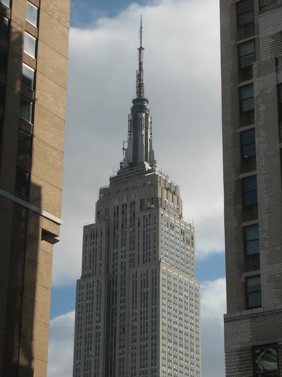 empire-state-building-daytime